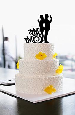 Funny Wedding Cake Toppers Bride and Groom Hold Gun Mr and M